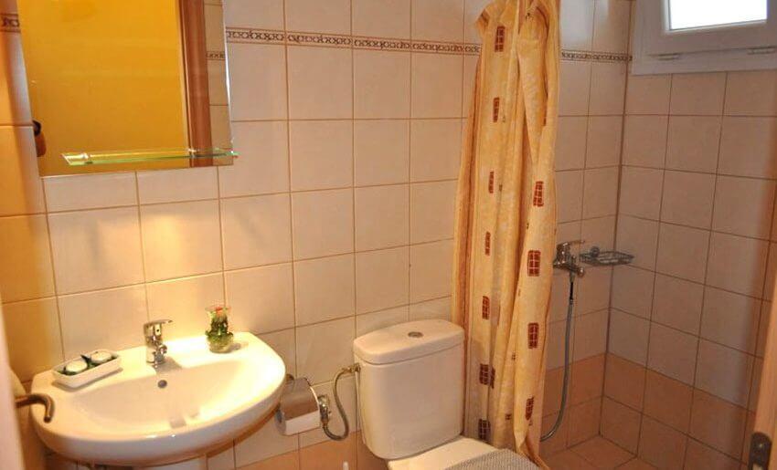 Vila Keramidi Limenarija tasos smestaj kupatilo