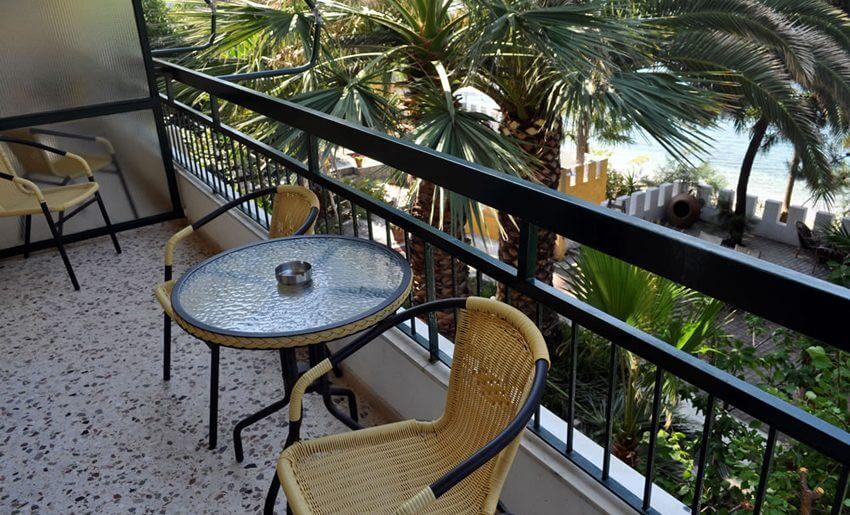 Vila Papaikonomou potos grcka apartmani balkon