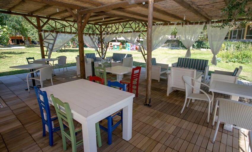 Vila Rodon House Limenarija Tasos restoran