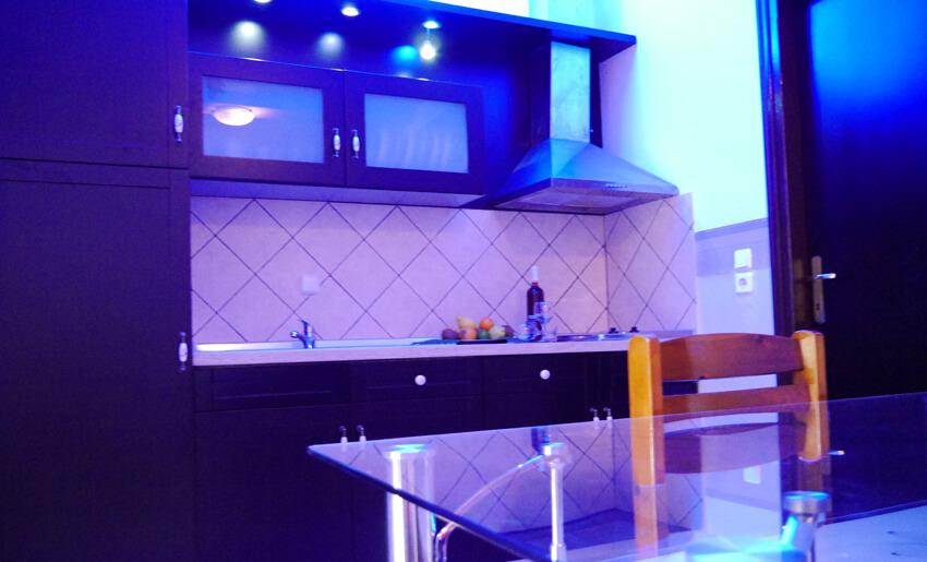 blue sky apartmani tasos kuhinja