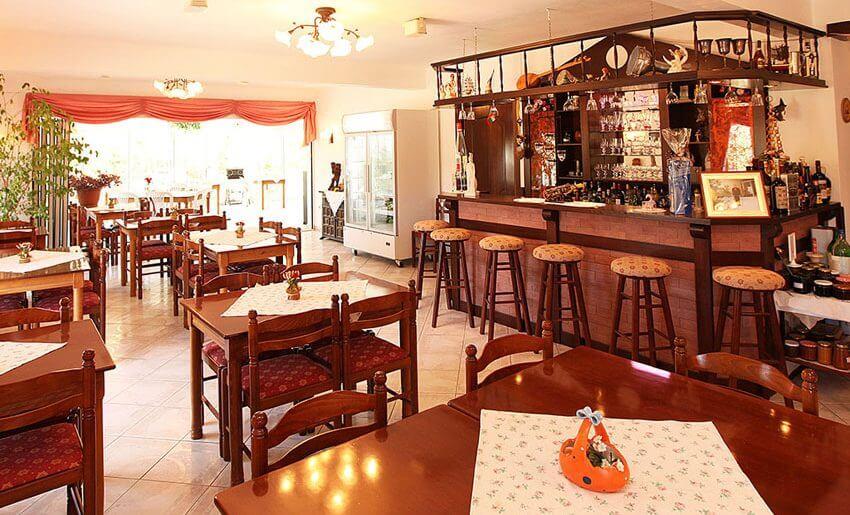 fourkos hotel limenas tasos grcka restoran