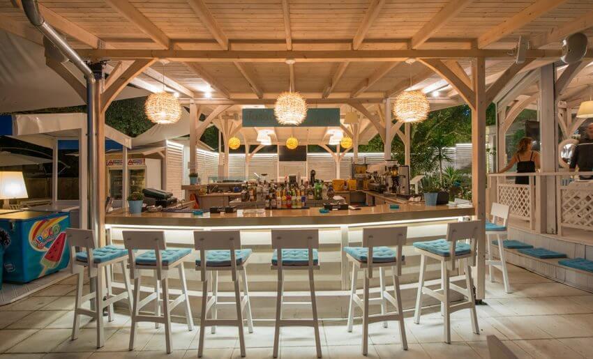 tarsanas beach villa bar