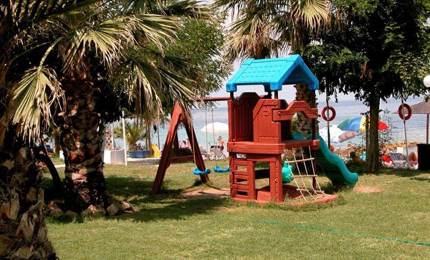 tarsanas beach villa igraliste za decu