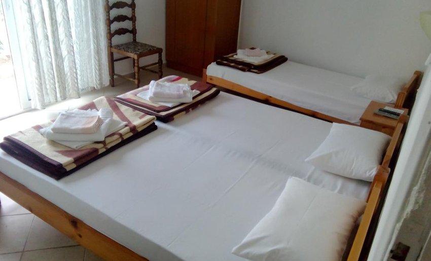 Dizeldorf Vila Tasos soba