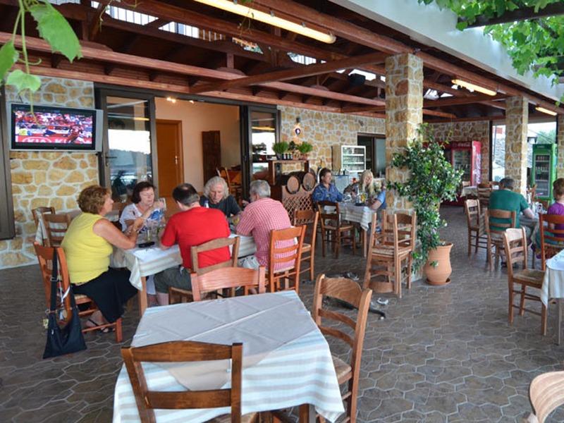 Taverna Agorastos tasos kinira