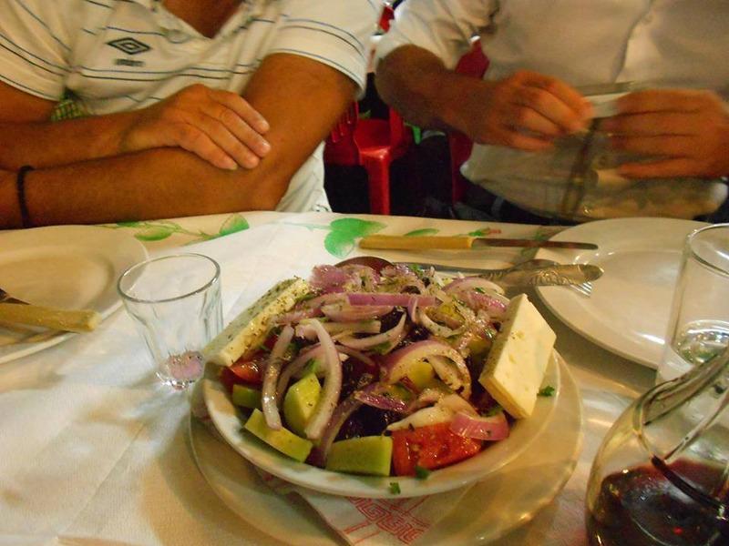 Taverna Iatrou grcka salata