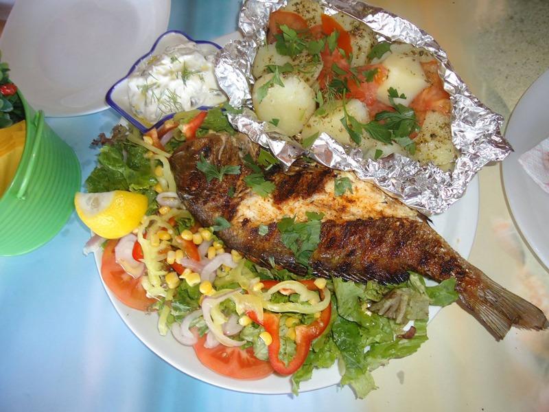 Taverna Larous riba na zaru