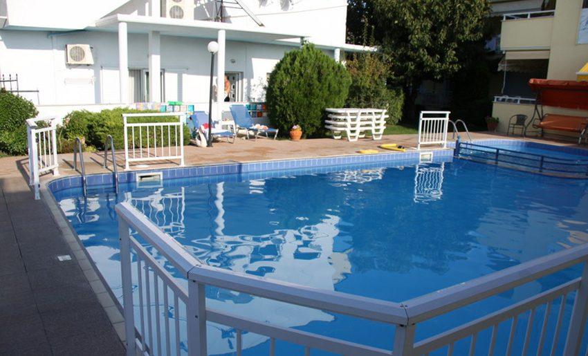Vila dimitris tasos smestaj grcka leto bazen