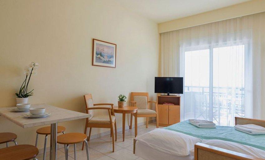 akti belvedere apartmani tasos grcka leto