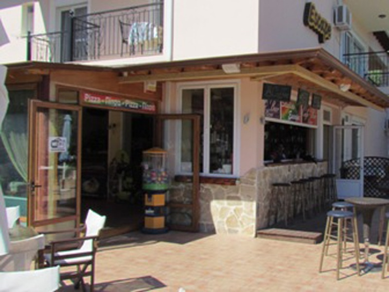 cafe escape tasos grcka golden beach