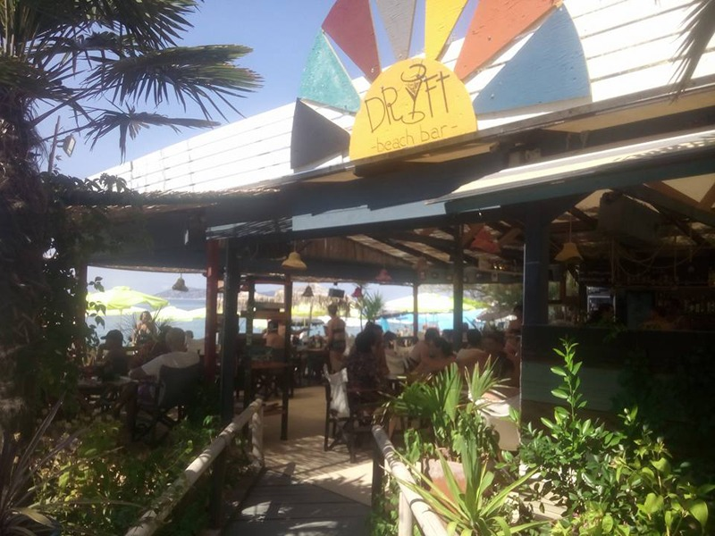 drift beach bar limenas tasos