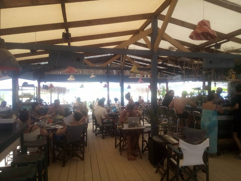 drift beach bar limenas