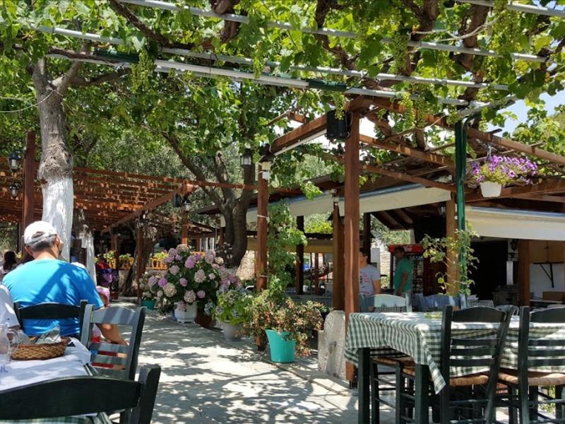 limanaki taverna aliki