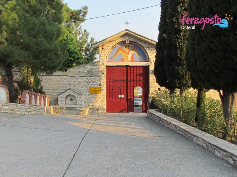 manastir svetog arhangela mihaila