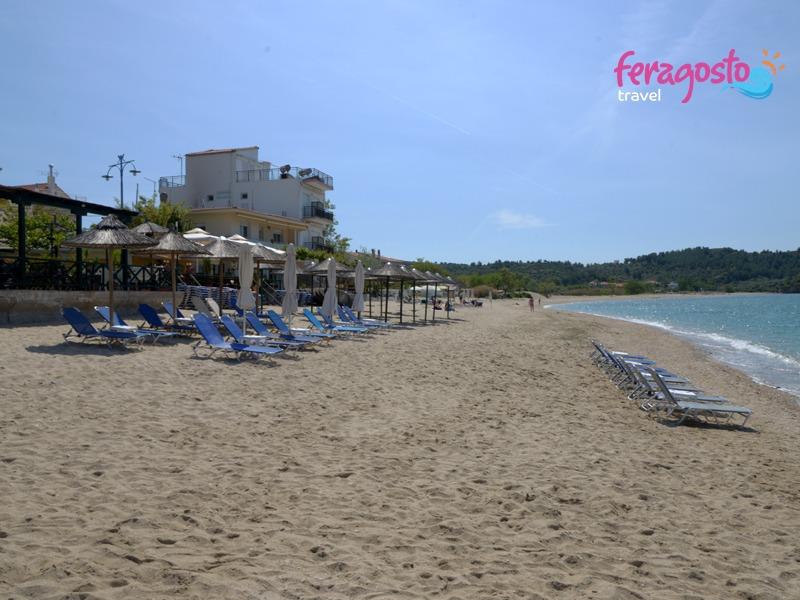 plaze na tasosu skala potamia plaza grcka letovanje