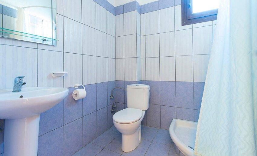 Alkmini Apartmani Tasos Skala Potamia kupatilo