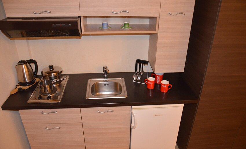 B Home Vila Tasos limenarija kuhinja