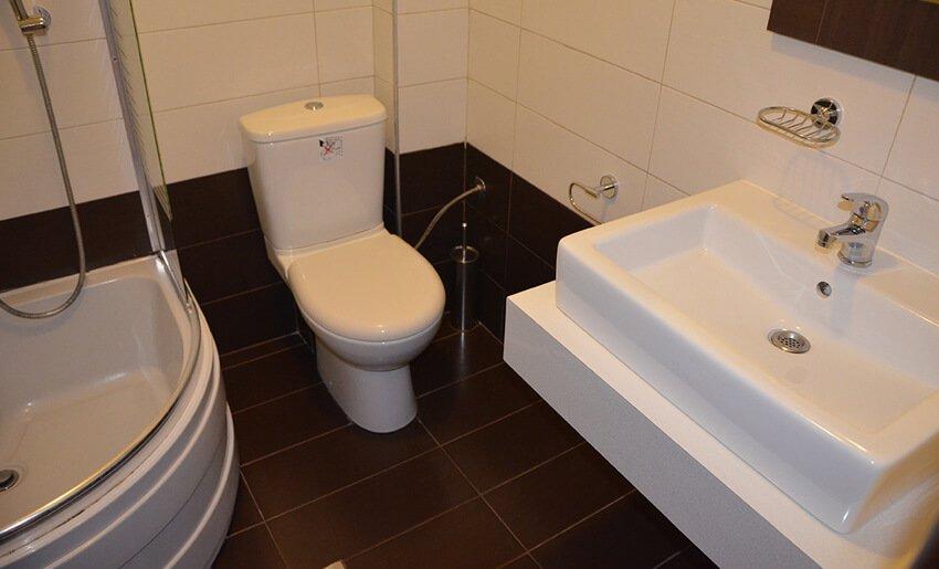 B Home Vila Tasos limenarija kupatilo