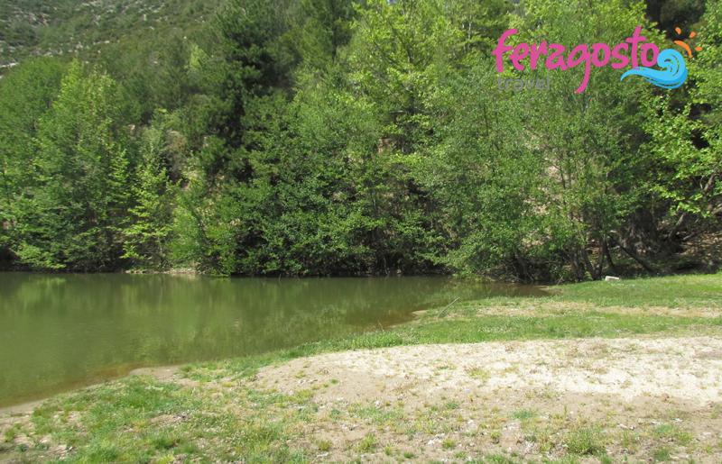 maries tasos jezero leto grcka